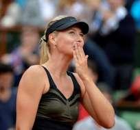Sharapova llega a semifinales de Roland Garros por tercera vez
