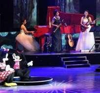 EEUU critica la aparición de muñecos Disney en espectáculo norcoreano