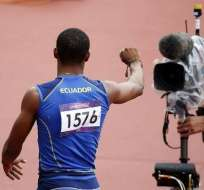Alex Quiñónez se enfrentará hoy a Bolt en semifinales de 200 m.