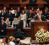 Correa destaca avance económico y advierte tiempos difíciles en lo político