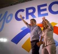 Guillermo Lasso se afilia al movimiento CREO y critica al Gobierno