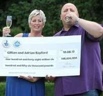 Matrimonio británico gana segundo mayor bote del Euromillón en el Reino Unido