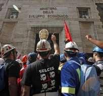 Fuertes protestas en Roma contra el cierre de fábricas de Alcoa