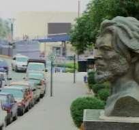 Busto en honor al 'Che' Guevara se colocó cerca al de Febres Cordero