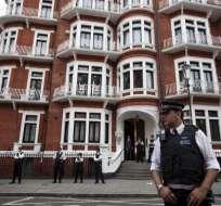 Patiño: Assange estará en la embajada 'el tiempo necesario'