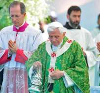 Benedicto XVI regresó a Roma tras su viaje a El Líbano