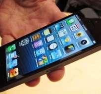 Un iPhone 5 roza los 10.000 dólares en una subasta en eBay