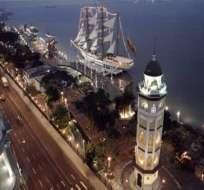 Los talentos y reporteros de Ecuavisa saludan a Guayaquil por el aniversario de su independencia