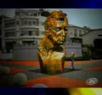 Monumento a LFC será retirado de Aduana pero no podrá colocarse en Las Peñas
