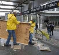 Nueva York recupera hoy algunos trenes de cercanías y parte del metro mañana