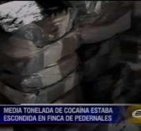 Media tonelada de cocaína fue decomisada en una finca de Manabí