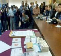 Nuevos detenidos en caso de firmas falsas del CNE
