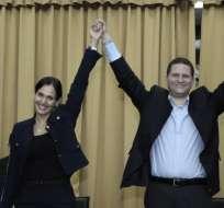 Mauricio Rodas e Inés Manzano conforman el último binomio inscrito