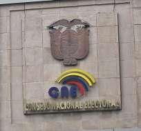 Candidaturas presidenciales de Acosta y Wray son aprobadas por el CNE