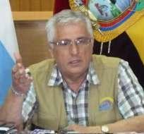 Efrén Roca fue destituido del CNE