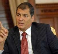 Correa tilda de 'insulto' que Interpol rechazase pedido de detener a Mahuad