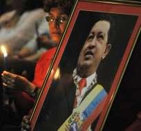 Chávez avanza en su recuperación y no está en coma, dice su hermano