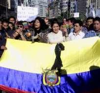 Candidato Luis Luna propone fomentar microempresas de emigrantes ecuatorianos