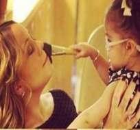 Mariah Carey presume su lado maternal