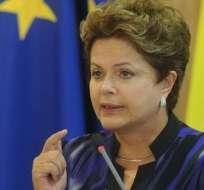 """Oposición critica a Rousseff por hacer """"propaganda"""" en discurso oficial"""