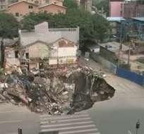 Agujero causó el hundimiento de varios edificios en China
