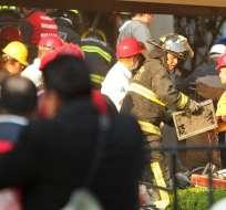 Confirman 15 muertos y unos 100 heridos por explosión en sede de Pemex