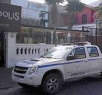 Viajeros pueden 'encargar' su domicilio a la Policía Nacional en este feriado