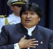 """Evo Morales le desea """"un gran triunfo"""" a Rafael Correa"""