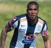 Tigres sigue como líder del Clausura mexicano y Pachuca de Christian Suárez derrota al Cruz Azul
