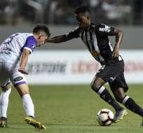 El ecuatoriano Juan Cazares fue titular y jugó todo el partido. Foto: Douglas Magno