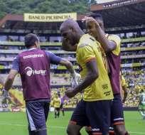 El delantero colombiano mostró su emoción de anotar el primer gol con Barcelona. Foto: API