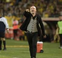 El entrenador de Liga de Quito, Pablo Repetto, aseguró que el partido fue parejo. Foto: Miguel Rojo / AFP