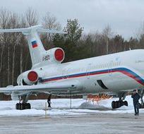Avión ruso en pista. Foto: Toma de Ciudad Debate