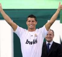 MADRID, España.- Cristiano Ronaldo en el 2009 cuando fue presentado en el Real Madrid. Foto: AFP