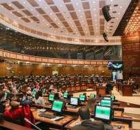 Asamblea decide futuro de Ana Galarza