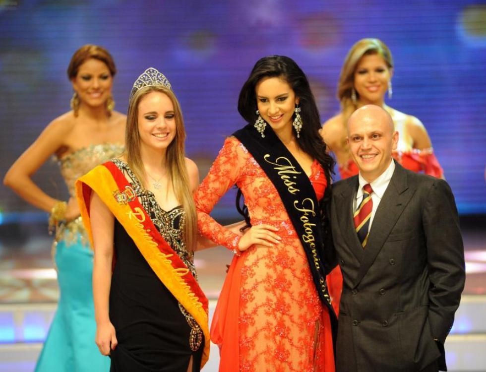TATIANA ROMERO FUE ELEGIDA MISS FOTOGENIA. En el Teatro Centro Cívico se realizó Miss Ecuador 2013.