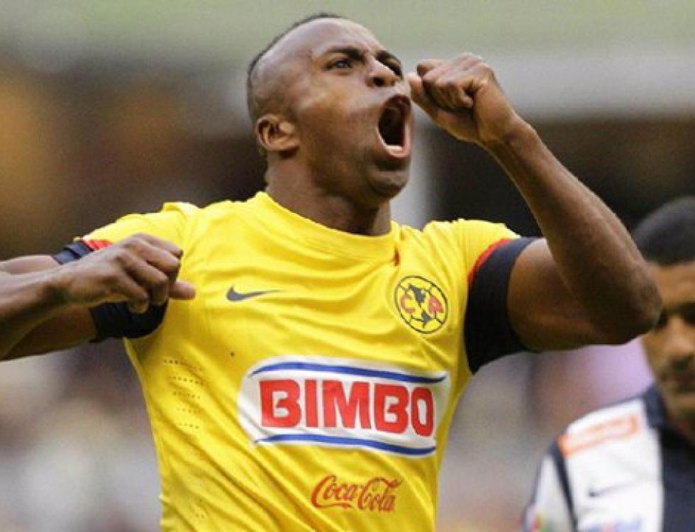 'Chucho' Benítez es el romperedes del fútbol mexicano. Foto: americamonumental.com