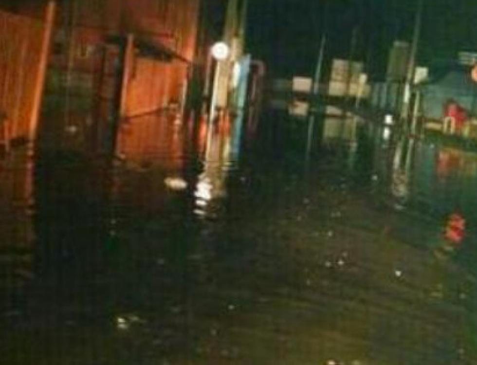 Varias zonas se inundaron. Foto: Twitter