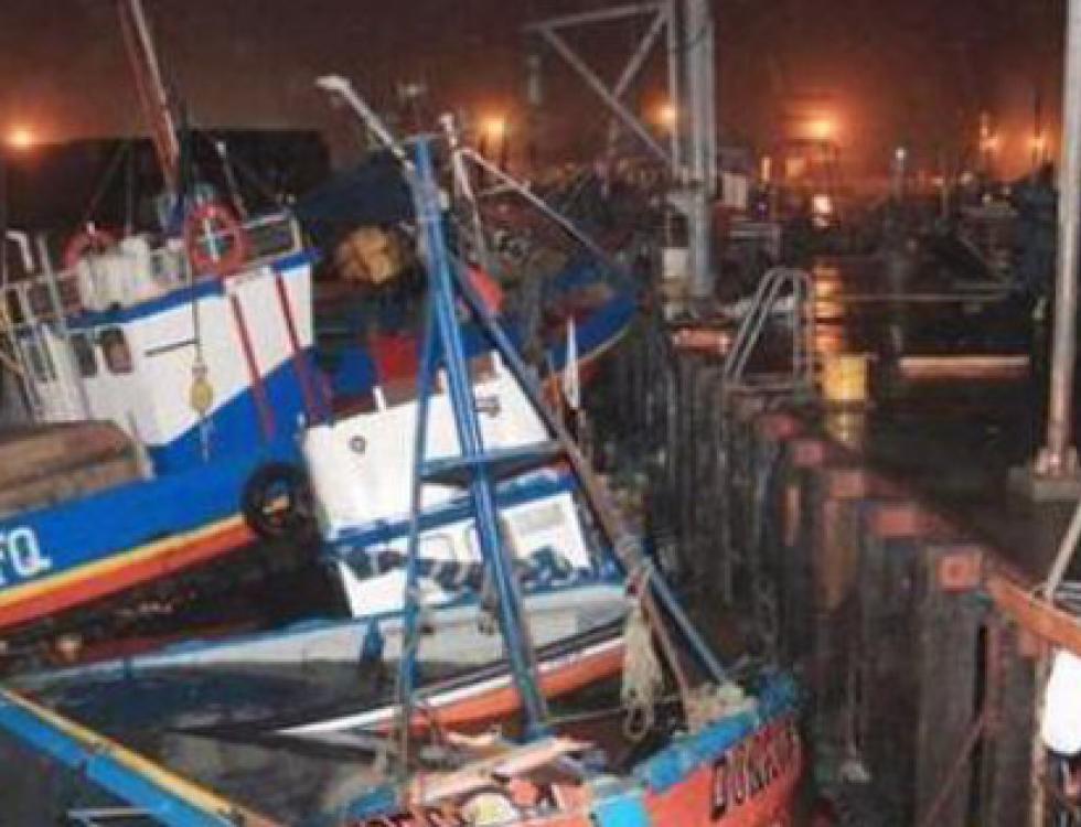 Las embarcaciones del puerto fueron afectadas. Foto: Twitter