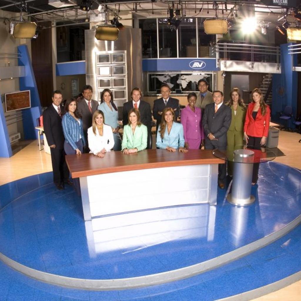 Nuestro elenco de Televistazo.