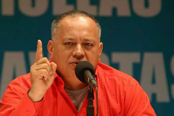 Diosdado Cabello, reconectado a respirador artificial