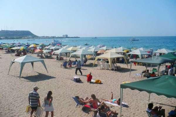 Cinco playas de Esmeraldas recibieron a turistas