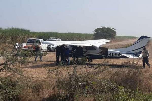 Avioneta abandonada es encontrada en azucarera en Milagro
