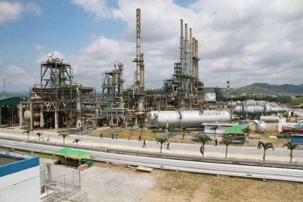 Trabajadores de Refinería de Esmeraldas no conocen detalles de licitación