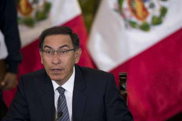 El expresidente Vizcarra evalúa postular al Congreso de Perú