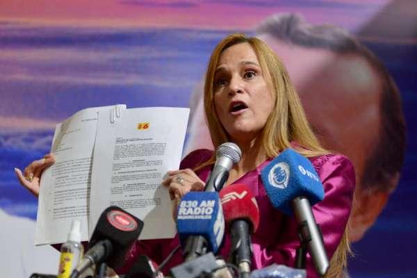 Sylka Sánchez anuncia demanda a consejeros del CNE