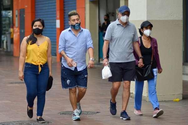 Casi 800 nuevos contagiados en Ecuador este miércoles 25 de noviembre