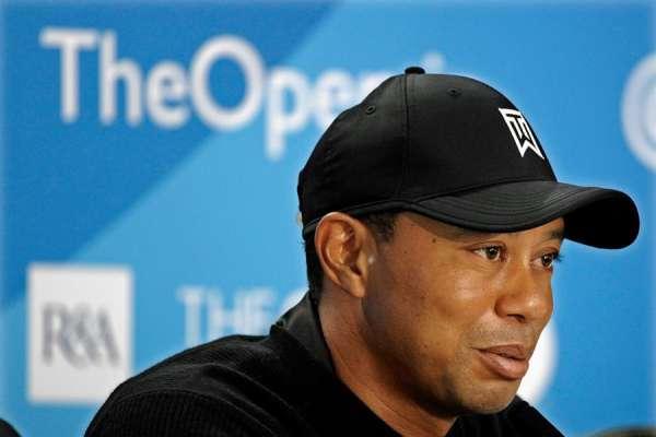 Tiger Woods es hospitalizado tras accidente vial en California