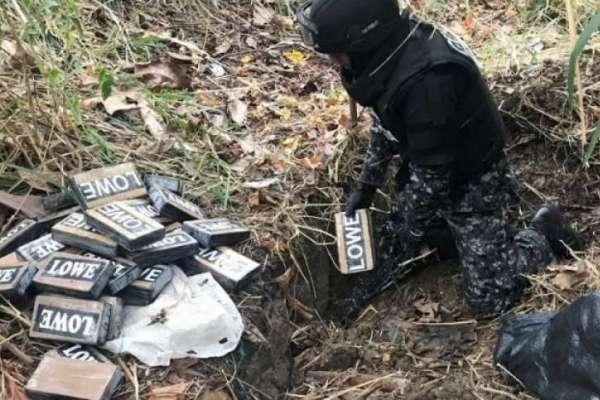 8 detenidos y más de una tonelada de cocaína incautada en Manta