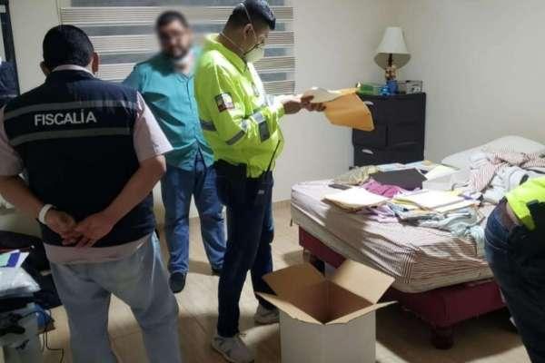 Fiscalía detiene a 3 personas por presunto delito de peculado en hospital del IESS